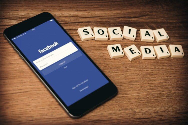 meninggalkan sosial media
