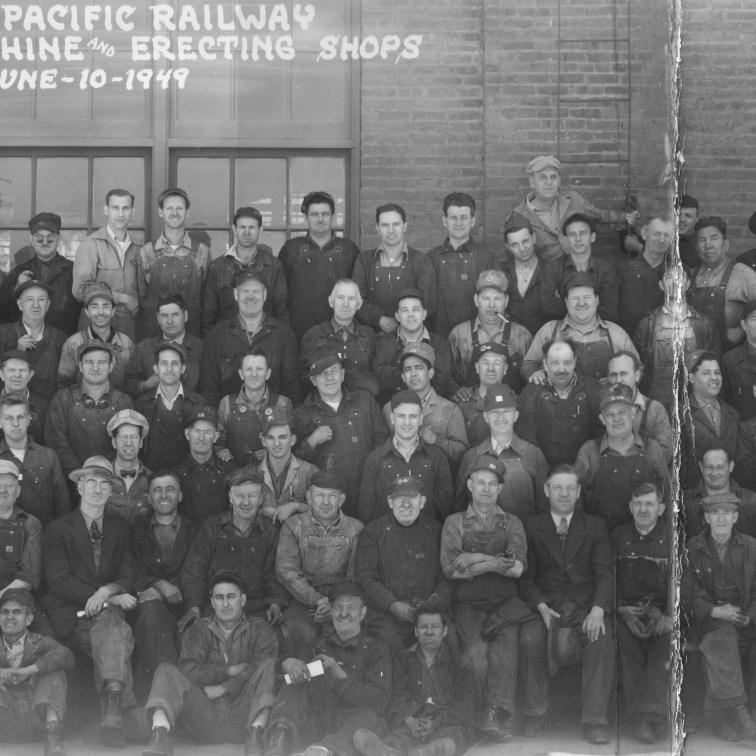Panoramic photo of the Bayshore workers, June 10, 1949.