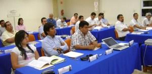 Veintitrés ingenieros de diversas dependencias, toman un curso para certificarse como supervisores en pruebas al concreto en obra.