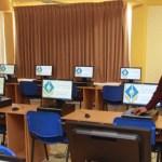 Al cierre del 2010, el gobierno del estado habrá entregado más de 10 mil equipos de cómputo en beneficio de miles de alumnos de educación básica y bachillerato, señaló el gobernador Narciso Agúndez al hacer entrega de 120 equipos a alumnos del CECYT-04.
