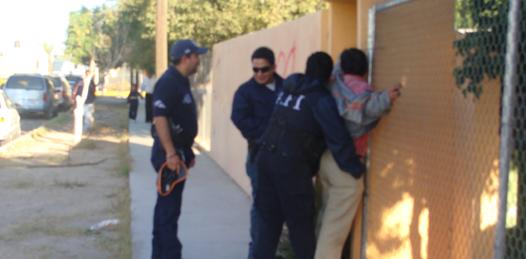Realizaron simulacro de venta de drogas en escuela