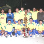 Camulocopa Yaquis que dirige Salvador Manríquez se queda con el campeonato de copa en el futbol de veteranos.