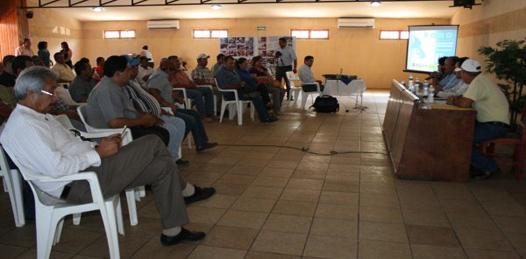 Participan pescadores de Santa Rosalía en el Foro Estatal de Pesca