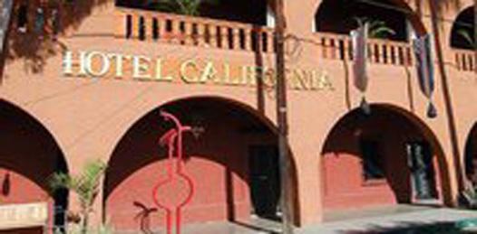 Presentan la novela Hotel California