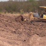 Miguel Arévalos Valdivia, informó que recientemente hizo un recorrido de supervisión de los diferentes arroyos, bordos de contención y cauces de desviación de aguas pluviales de Ciudad Constitución y sus comunidades.
