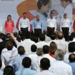"""El Presidente Felipe Calderón mencionó que el Nuevo Hospital """"es un símbolo de las grandes carencias de su gente""""."""