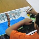 """Los alumnos deben tomar distintos niveles, ya que la diferencia en la experiencia de cada uno varía, así que el maestro Miguel personaliza su atención. Van desde el dibujo hasta la pintura al óleo: """"el óleo es el límite"""", nos dice el maestro."""