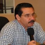 Roberto Salazar Castañeda, regidor del PRI, planteó al Cabildo el reclamo de veinte policías municipales que hace dos meses no reciben el pago de sueldos.
