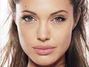 Angelina cumple hoy 35 años