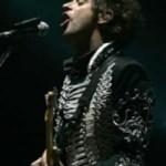 Los fans alrededor del mundo esperan que este genio de la música se levante de nuevo para hacer vibrar los corazones con su especial música.