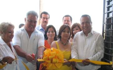 Apoya el Gobierno municipal al comercio organizado