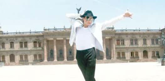 Estefan rinde tributo al rey del Pop