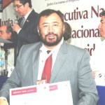 El presidente de Canirac recibió reconocimientos otorgados a propietarios del restaurante Mi Casa y La Panga, los cuales les fueron otorgados en la Asamblea Nacional