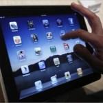 Adquiriendo mucho más rápido la popularidad del iphone, el revolucionario teléfono portátil con la pantalla táctil, ahora el ipad viene por más.