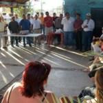 El diputado con licencia Francisco Rubio, intenta convencer a residentes en la colonia Miramar a que voten por él y pueda llegar a la presidencia municipal.