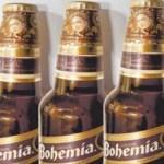 Si bien aquellos respetuosos amantes de Frida Kalho no quisieran verla reproducida como estampita en todas las botellas de cerveza del país, también es cierto que aquellos involucrados legalmente en los derechos heredados de sus obras, tienen intereses más bien económicos que morales en sus reclamos.