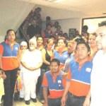 Empleados del centro Comercial Chedraui, se manifestaron ante la oficina de Recursos Humanos de la empresa, ya que aseguran que han sido víctimas de algunas arbitrariedades por sus nuevos patrones y piden que los liquiden (Lupita Gómez)