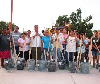 Implementan jornada de limpieza en la colonia Roberto Esperón