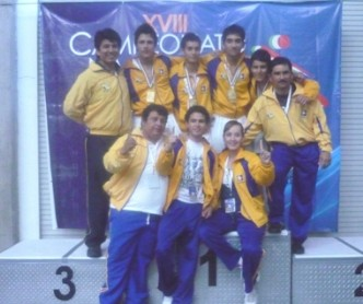 Se concentran karatecas de BCS de cara al Panamericano