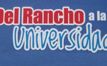 """Presentan el libro """"Del rancho a la universidad"""""""
