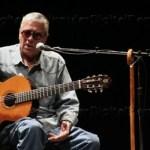 La verdad es que no volveremos a ver a Facundo Cabral por estas tierras, así que si usted fue uno de los asistentes a su concierto, este viernes 17, ha tenido la suerte de ver en vivo a un artista con más de 50 años de carrera.