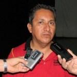 Profesor Francisco Cota Márquez, anunció el cierre de escuelas.