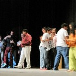 El compromiso que queda es trabajar. Los teatreros han iniciado una unión que beneficiará en grande a la escena, por lo que se auguran fuertes temporadas de teatro local, cada vez con mayor calidad. Por lo pronto, esperar al V Encuentro, en el 2011.