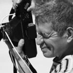 Rogelio Cuéllar se encuentra totalmente extasiado con la ciudad y sus estudiantes, ha recorrido desde el Panteón de los San Juanes hasta las marinas, fotografiando y capturando la esencia inconfundible de nuestro mágico desierto. (foto Gabriel Larios)