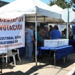 Durante las votaciones, se exhibió una lista de militantes sin derechos dentro del partido, al igual que una de expulsados, por lo que estaban impedidos para emitir referéndum.