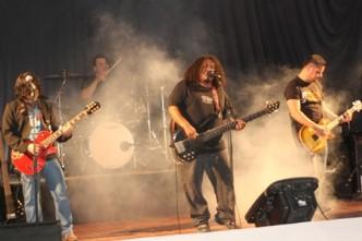 Presenta Beliar su primer disco «Teatro de los Monstruos»