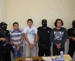 Esta parte de la banda de secuestradores Los Gitanos, los cuales, fueron detenidos como presuntos responsables del secuestro del doctor Ernesto Arámburo, pero se teme que en una negociación queden en libertad