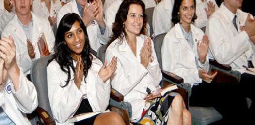 Para agosto arrancarán las carreras de medicina, enfermería, nutriología y químico bacteriológico