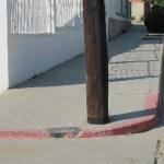 Un diario batallar es los que sufren las personas que utilizan una silla de ruedas en Cabo San Lucas quienes no sólo son discriminados por su discapacidad física, sino que cada día se enfrentan a situaciones difíciles al ver, en primer instancia que no hay suficientes rampas para minusválidos en las calles.