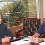 """""""Rodimiro Amaya y Víctor Guluarte, le han ofrecido dinero a nuestro Secretario General, Lenin Martínez, para que les firme un documento, donde dice que no cumplimos con la realización de las asambleas y así reventar la coalición que hicimos con el PAN…"""", expresó."""