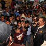 """El candidato a la gubernatura de la Coalición PRD-PT, Luis Armando Díaz, agradeció el respaldo político encontrado en esta comunidad y resaltó que ello sólo es muestra del triunfo claro y contundente que """"vamos obtener el próximo domingo 6 de febrero, no sólo en la gubernatura, sino en las 5 alcaldías y 16 diputaciones locales."""