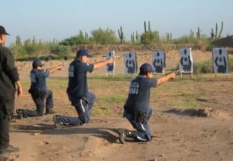 Se capacitaron más de 700 elementos policiacos durante el 2010: SSPE
