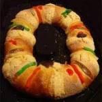 Partieron la tradicional rosca de Reyes en la delegación.