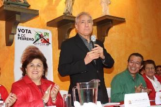 Manifiesto apoyo de la FSTSE a Esthela Ponce