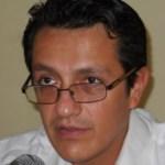 Pese a algunos contratiempos como la ausencia de funcionarios y la falta de la mitad del listado en las casillas 247 y 250, la queja de algunos ciudadanos referente a la efectividad de la tinta, todo lo demás ha transcurrido de una manera pacífica y en total se ha tenido una buena afluencia de ciudadanos, señaló Chávez Ruíz.