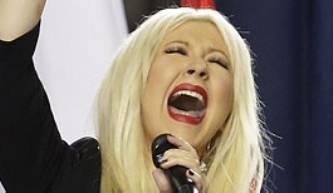 No sólo el Coque puede, Christina Aguilera también lo hizo en el Super Bowl