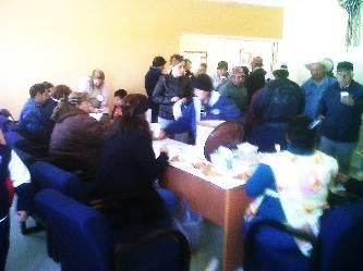 Con tamaliza conviven trabajadores de la delegación por el Día de la Candelaria.