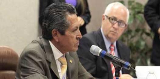 Con el voto a favor del PAN, aprueban en comisiones TLC con Colombia: Coppola