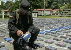 Caen 8 militares con una tonelada de cocaína