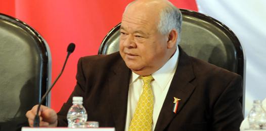"""Critica Víctor Castro la inasistencia de bancada priista a la toma de posesión. """"Amenazas de este tipo en nada allanan al proceso democrático"""""""