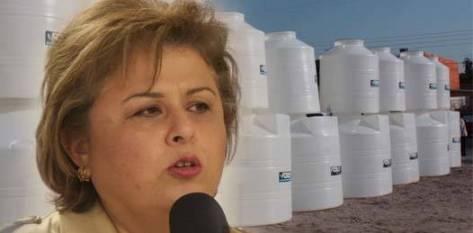 """Ponce Beltrán indicó que """"el programa no excluye a usuarios de ninguna clase social, puesto que la finalidad es reducir la problemática de la falta de agua que causa el tandeo que ha operado en los últimos años el organismo operador""""."""