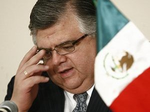 Apoya México a Carstens para el FMI