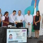 El presidente Calderón dijo que gracias al intenso trabajo del gobierno federal en presencia internacional se confirió por primera vez a México la distinción de organizar la reunión del Grupo de los 20 y Los Cabos será propuesta como la sede oficial de esta importante reunión.