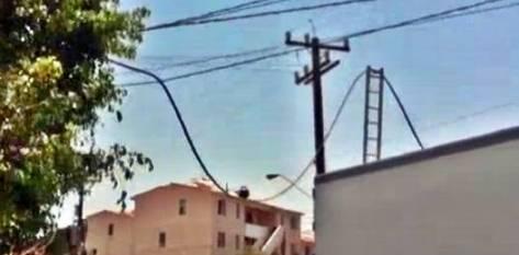 La afectación dejó sin teléfono e internet a algunos vecinos de la colonia Solidaridad que lamentaban no poder consultar su sitio de noticias favorito.