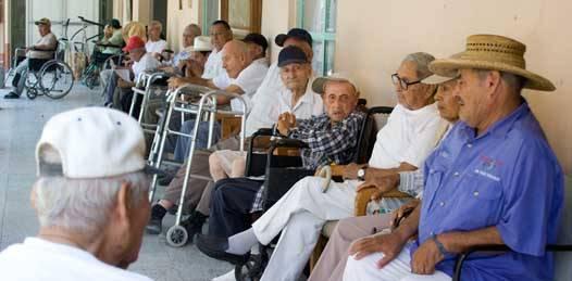 No recibirán jubilados y pensionados ningún bono, adelanta el Gobierno