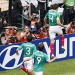 México luchó hasta el final para doblegar la fuerte resistencia de Uruguay, vencerlo 2-0 y proclamarse campeón mundial Sub'17 por segunda vez en su historia ante un pletórico estadio Azteca.